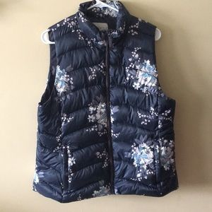 NWT LOFT Puffer Vest